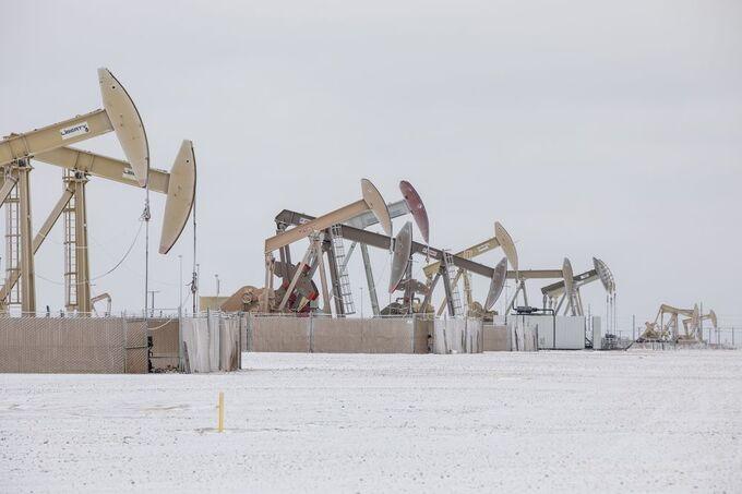 Các thiết bị khai thác dầu tại Permian Basin. Ảnh: Bloomberg
